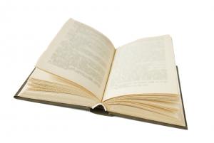 Tips Jitu Menyimpan Buku - Boxku.id